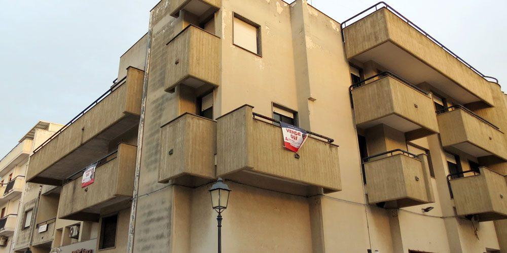 Appartamento quadrivani in piazza a Rutigliano