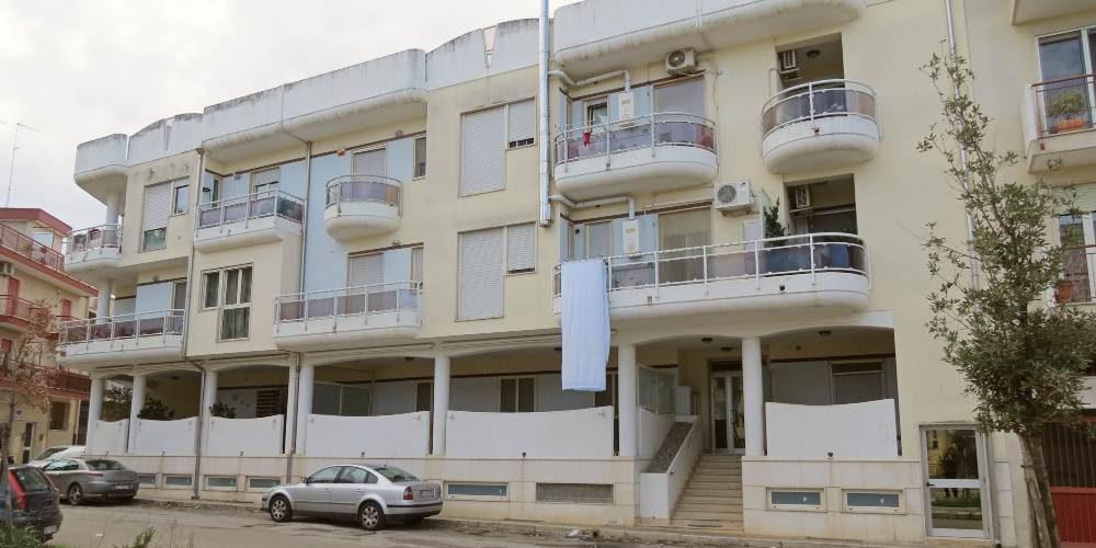 Appartamento bivani con box auto in Via Tommaso Fiore, Rutigliano