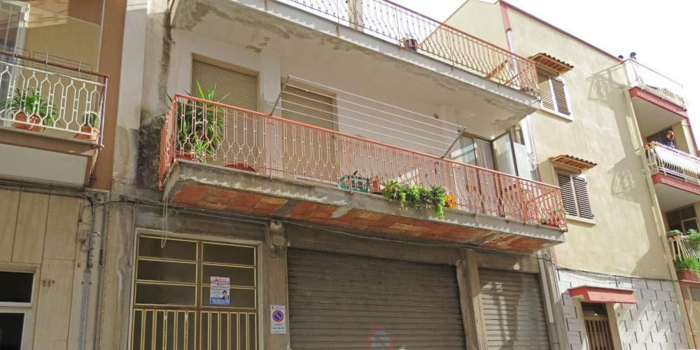 Casa indipendente, via Trento, Rutigliano (Bari)